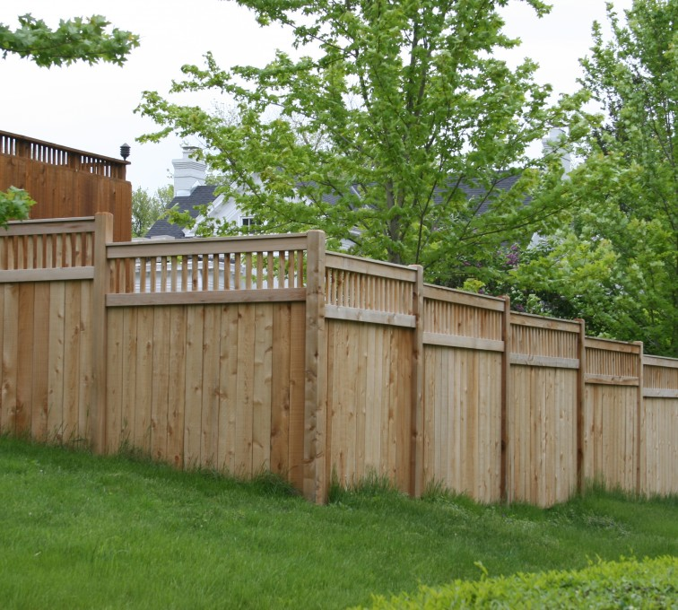 AFC Grand Island - Wood Fencing, 1068 Custom Solid with Accent Top