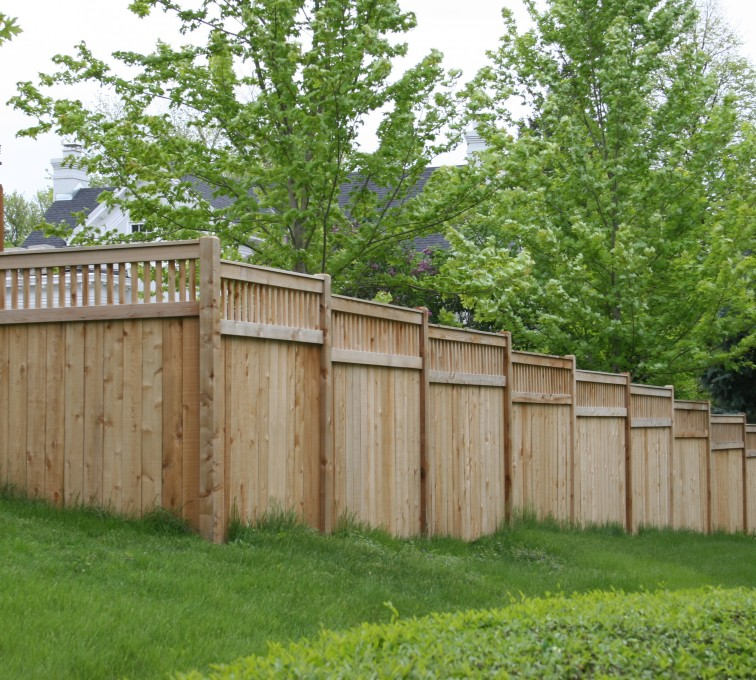 AFC Grand Island - Wood Fencing, 1069 Custom Solid with Accent Top