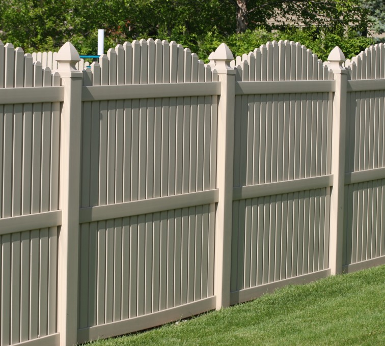 AFC Grand Island - Vinyl Fencing, 6' overscallop picket tan 555