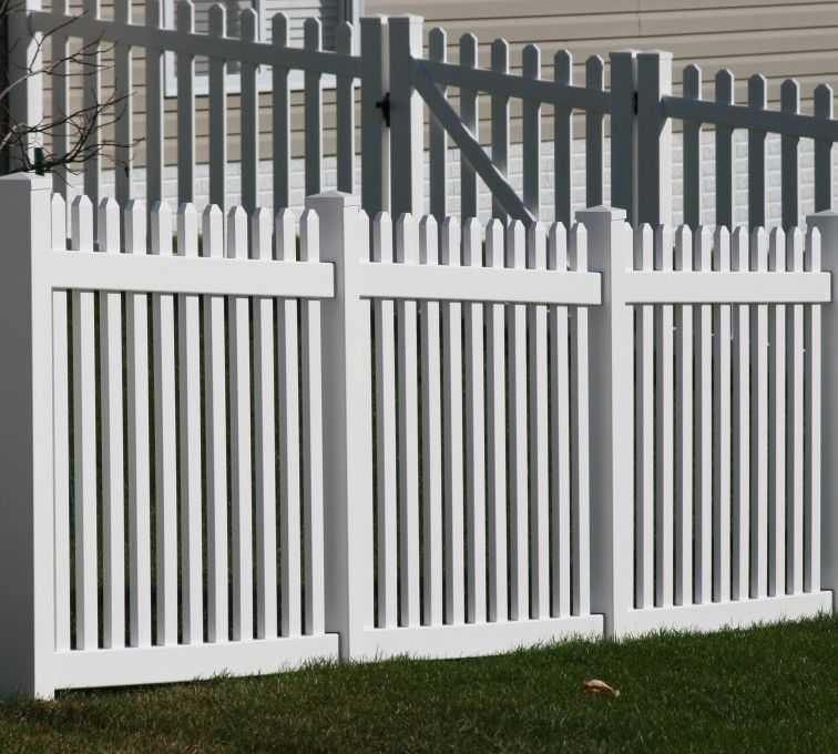 AFC Grand Island - Vinyl Fencing, 559 Vinyl 4' picket