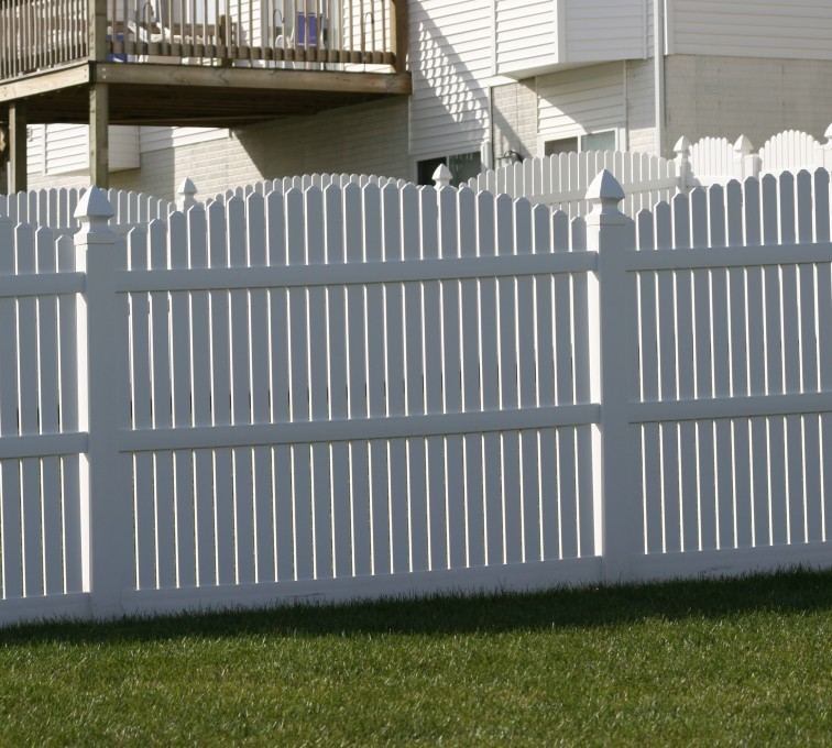 AFC Grand Island - Vinyl Fencing, 561 Vinyl 6' overscallop picket