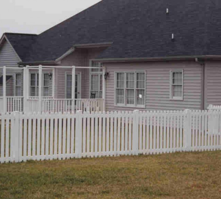 AFC Grand Island - Vinyl Fencing, Picket 567