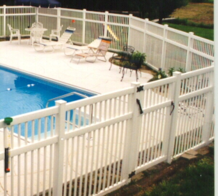 AFC Grand Island - Vinyl Fencing, Pool Style Picket with 3 rails 583