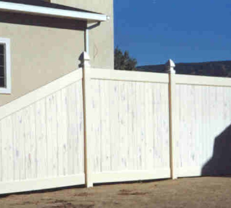 AFC Grand Island - Vinyl Fencing, Privacy Cedarcrest (618)