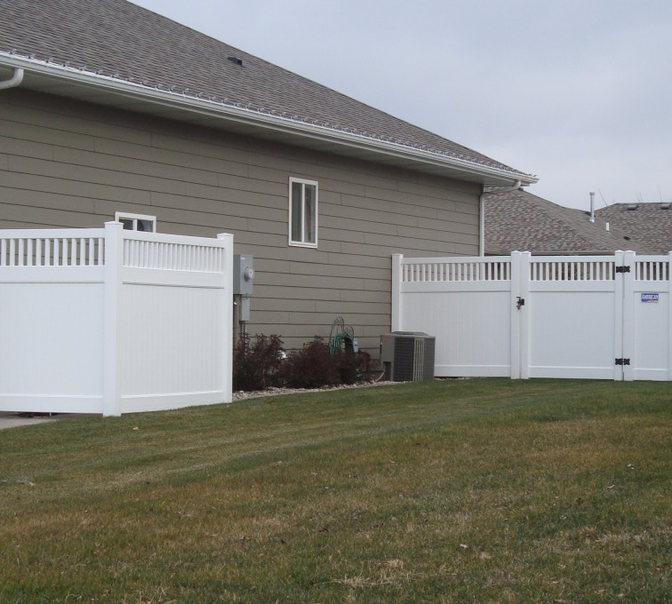 AFC Grand Island - Vinyl Fencing, Privacy with Picket Accent