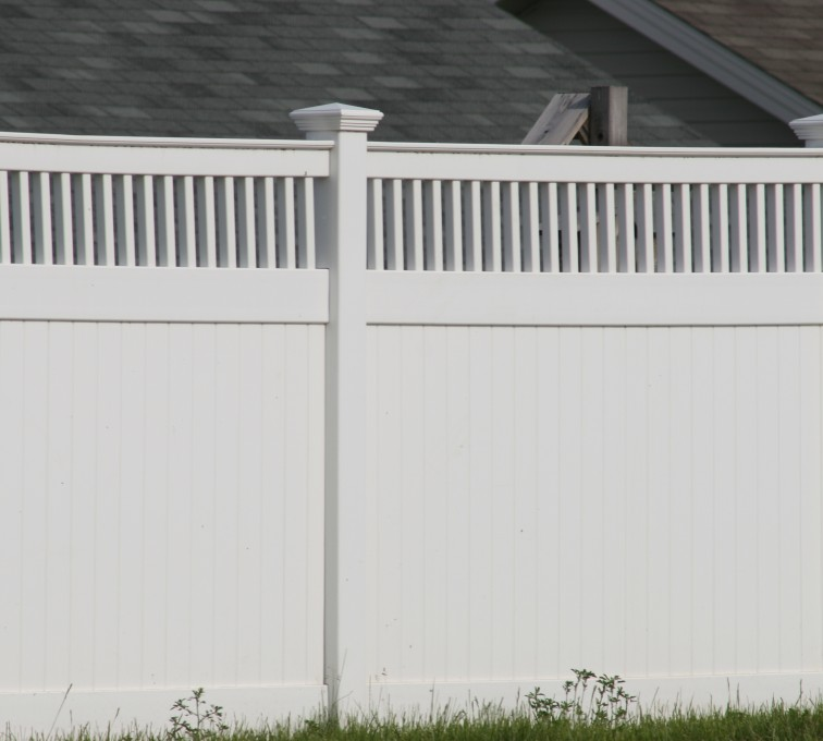 AFC Grand Island - Vinyl Fencing, Privacy with Picket Accent 700