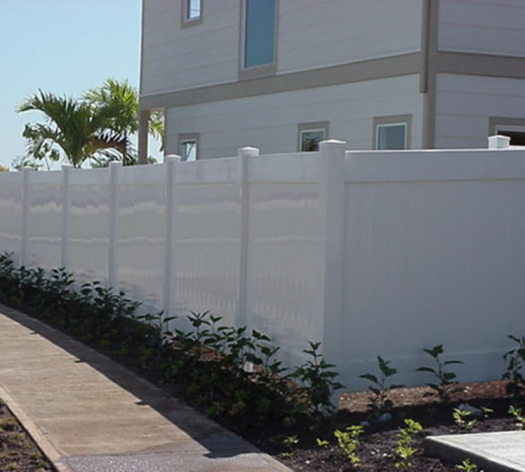 AFC Grand Island - Vinyl Fencing, Solid Privacy (610)