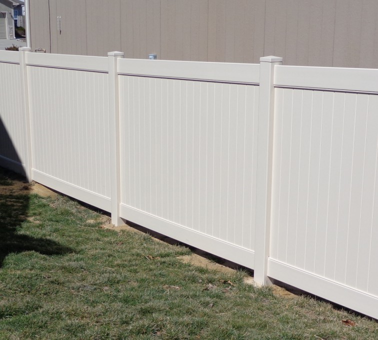 AFC Grand Island - Vinyl Fencing, 6' Tan Privacy - AFC-KC