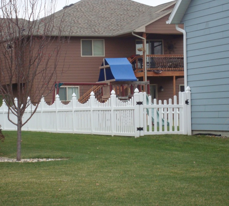 AFC Grand Island - Vinyl Fencing, Vinyl Picket Under Scallop AFC, SD
